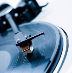 Vinyl_records_250x251
