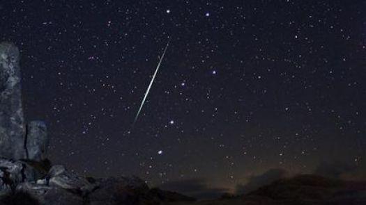 Geminid_Meteor_Shower_fireball_-525x295