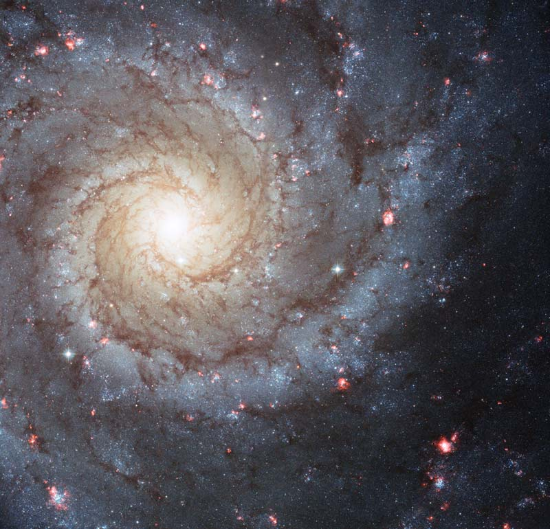 10-spiral-galaxy-m74-hubble