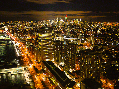 New-york-2010-skyline-by-night-500x500